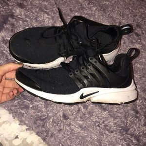 Nike Shoes - Nike Presto Tennis Shoes